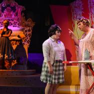 Tracy Turnblad (Jenny O'Leary) and Edna Turnblad (Andrew Agnew)